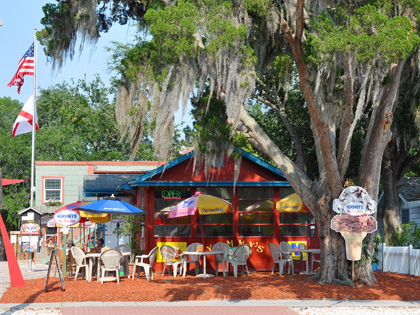 Yummy's In Gulfport - Historic Waterfront District (Lunch and Dinner)